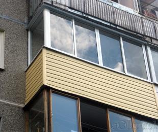 Балконная рама из алюминия. Плещеницы. №1
